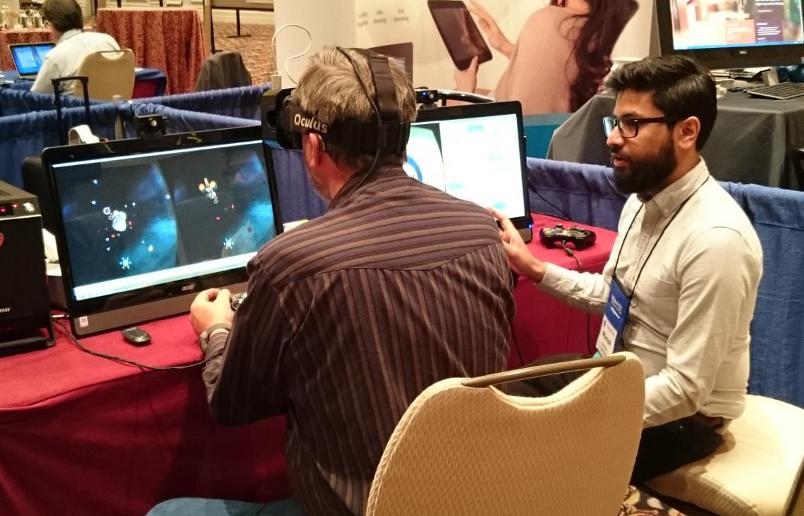 Manish gives a demo at COVD